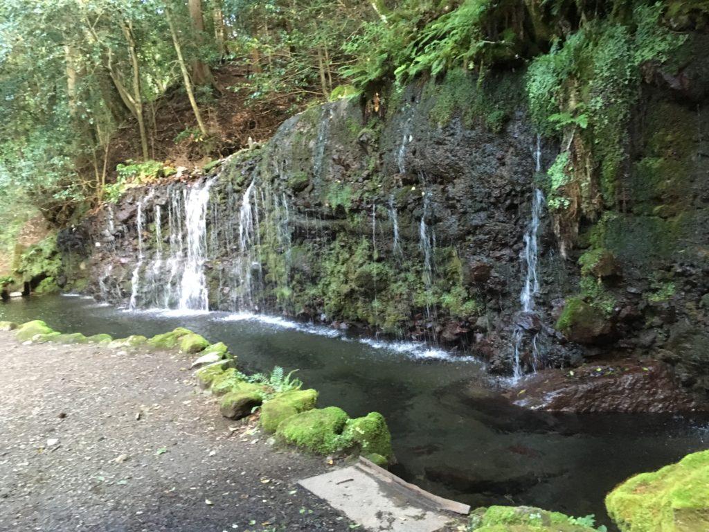 ちすじの滝