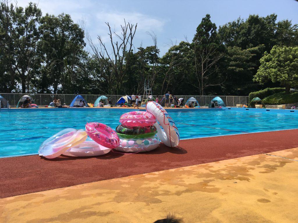 競技用プール